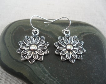 Silver Flower Earrings - Simple Everyday Silver Earrings - Boho Bohemian Dangle Drop Earrings