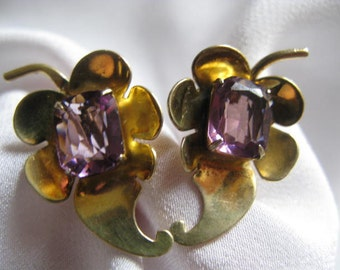 Vintage  Art Deco sterling silver maple leaf amethyst screw back earrings