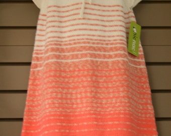 Nice very cool dress for summer, knitted in a thread 100% cotton organic quality, scratches degraded in fashion colors, 6/8 years