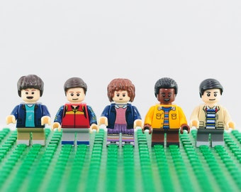 Stranger Things Custom 5pc minifigure set (Lego Compatible) Mike Wheeler Eleven Dustin Henderson Lucas Sinclair Will Byers Netflix Christmas