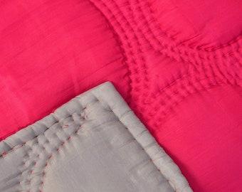 Silk quilt - Silk bedspread - Quilted bedspread - Silk bedcover - Silk blanket - 100% natural silk red grey