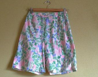 """Frog Tog Floral Shorts 24"""" Waist"""