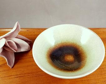 """RARE vintage Vicke Lindstrand ceramic """"Marianne"""" bowl for Upsala Ekeby"""