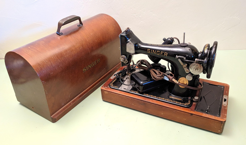 Sänger 127 elektrische tragbare Nähmaschine 100 Jahre alt