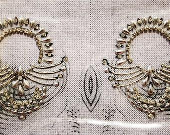 SILVER  Burlesque Pasties, Nipple jewelry non piercing rave Pasties Non Piercing  Crystal Rhinestone FOR Intimate fun. (BOX-P-4)