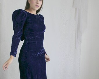 80s Purple Velvet Maxi Dress // Vintage Fitted Bodycon Long Sleeve Witchy Puffy Shoulders Bow Tight Long Dress // Size: S