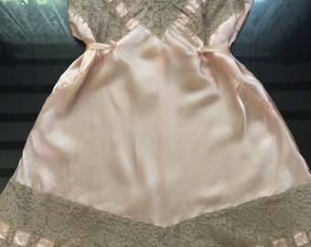 Old Hollywood Glamour 1930's Vintage Peach Pink Silk & Lace Step In Teddy