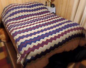 Lovely Ripple Stitch Crochet Hand Made Afghan, Rustic Colors and Unique Design, Extra Large 5' x 7' Blanket, Brand New and Beautiful!
