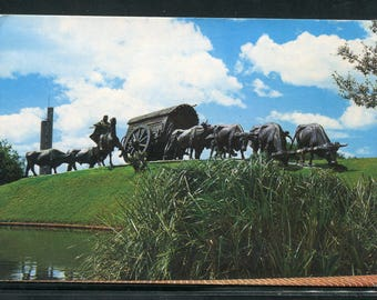"Uruguay Vintage Postcards  / 1 Unused Postcard Uruguay South America/Monument ""La Carreta"""