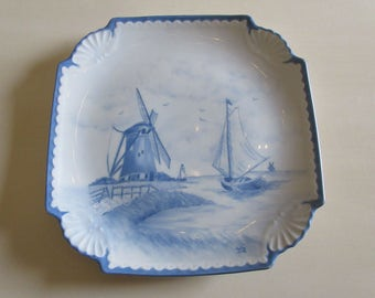 HAND PAINTED WINDMILL Plate