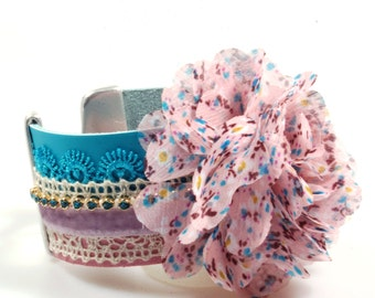 Flower bracelet turquoise, pink, lilac - leather cuff with lace and Swarovski - romantic Ibiza style - handmade unique jewelry