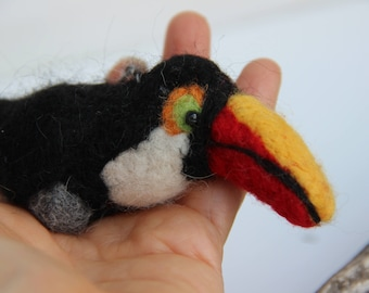 Needle Felted Puffin Sculpture: Hand Painted Alpaca Fiber Bird