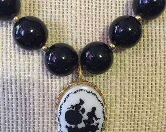 Vintage silhouette Beaded Necklace and Earring set