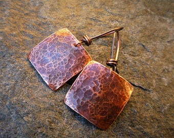 Hammered copper earrings, Artisan earrings, Rustic earrings, Dangle earrings, Metalwork jewelry, Dangle earrings