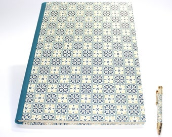 Quadrilobo XL Hardcover Guestbook Sketchbook with Genuine Leather Spine (Portrait)