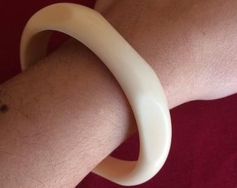 Ivory colored bangle bracelet vintage cream