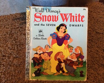 Snow White Little Golden Book - D66