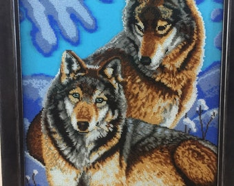 Embroidery Seed Beaded picture. Wolfs, Embroidered wall hanging. Handmade wall art.  Wall art home decor.