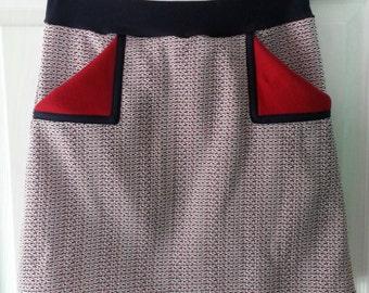 Snazzy Vintage Fabric Skirt - small/medium