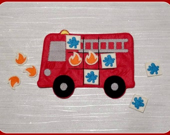 Felt Fire Engine - Red Fire Truck - Felt Tic Tac Toe Game - Travel Game - Quiet Busy Book Game - Birthday Party Favor - Celebration Gift