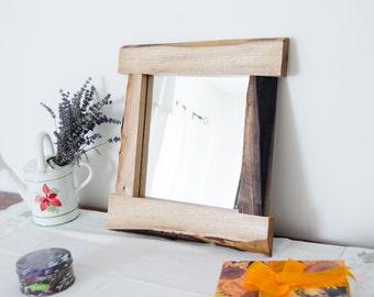 Walnut- Interior design- Wall mirror- Rustic mirror- Made in Italy- Home decor- Vintage look- Natural product- Unique mirror