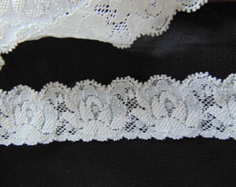 10 metres of 25mm  vintage Nottingham ivory stretch lace