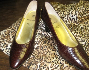 FREE SHIPPING Bruno Magli Lizard Skin Pumps Size 7.5B Made in Italy Couture Shoes