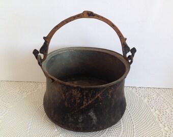 Antique Copper Bucket -Vintage copper pot -  Copper Pot - Copper Bucket - Vintage copper - Hand hammered pot