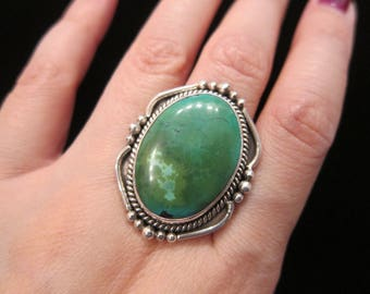 Vintage Sterling Silver Large Green Turquoise Oval Cabochon Stone Bezel Set Statement Ring Size 6 3/4 - Knuckle Duster Ring XL Stone