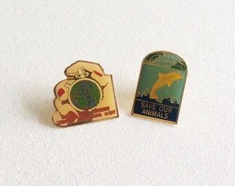 VTG Save Our Animals  / Save Our Earth Pins