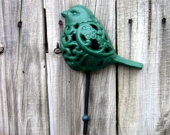 Green Bird Hook, Wall Decor, Cast Iron, Decorative Hook, Entryway Hook, Kitchen Hook, Key Hook, Coat Hook, Ornate Hook, Filigree Bird Hook