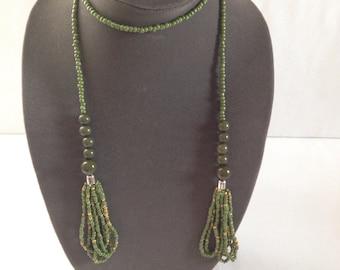 Vintage lariat statement necklace,  green vintage long Necklace