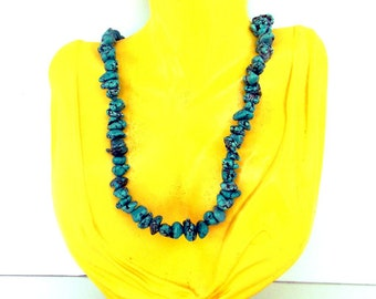 Turquoise Nuggets Necklace Handcrafted Jewelry by GemstoneJoy with Free Shipping
