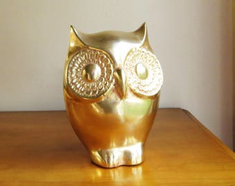 Vintage Large Brass Owl Figurine, Gold Owl Statue, Brass Figurine, Owl Figure, Heavy Brass Owl, Brass Bird, Brass Bookend, Vintage Book End