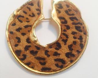 Vintage animal pin