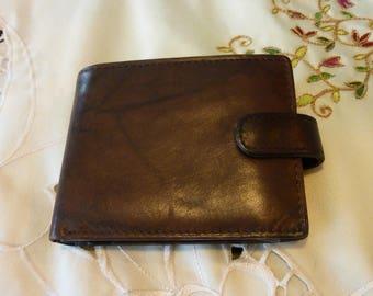 Vintage Mens Wallet - Mens Dark Brown Genuine Leather Wallet - Marbled Leather  - Snap Closure ~  Pocket Wallet ~Change Pocket