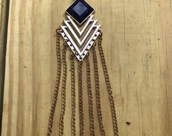 Chain necklace with dark blue stone