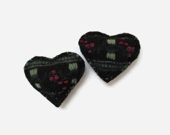 Rice Hand Warmers Black Red and Green Wool Heart Pocket Hand Warmer