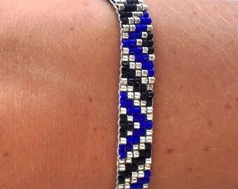 Black and electric blue woven Delica Miyuki bracelet