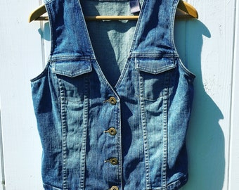 Vintage Jean Vest With Small Front Chest Pockets