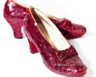 Rubin Hausschuhe aus der Zauberer von Oz Fine Art Fotografie 8 x 10 rot Film Prop Vintage Schuh