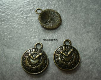 (BB4) Set of 3 small charms 12mm bronze metal clock