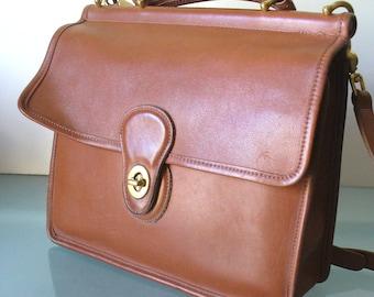 Vintage Coach British Tan Brown Station Bag