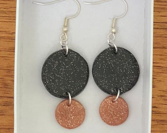 Lightweight glam dangle earrings! Black & copper with silver trim.
