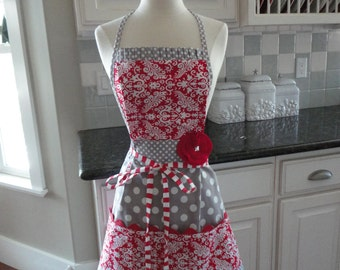 """What Ya Got Cookin -  """"Barbie Style Pockets & More""""  Women's Apron - 4RetroSisters"""