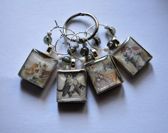 Fun Anthropomorphic Kitty Cats on 4 Wine Charms Vintage Scrabble Tiles With Bead Accents ~ Set of 4 on Ring Holder – Ready to Ship
