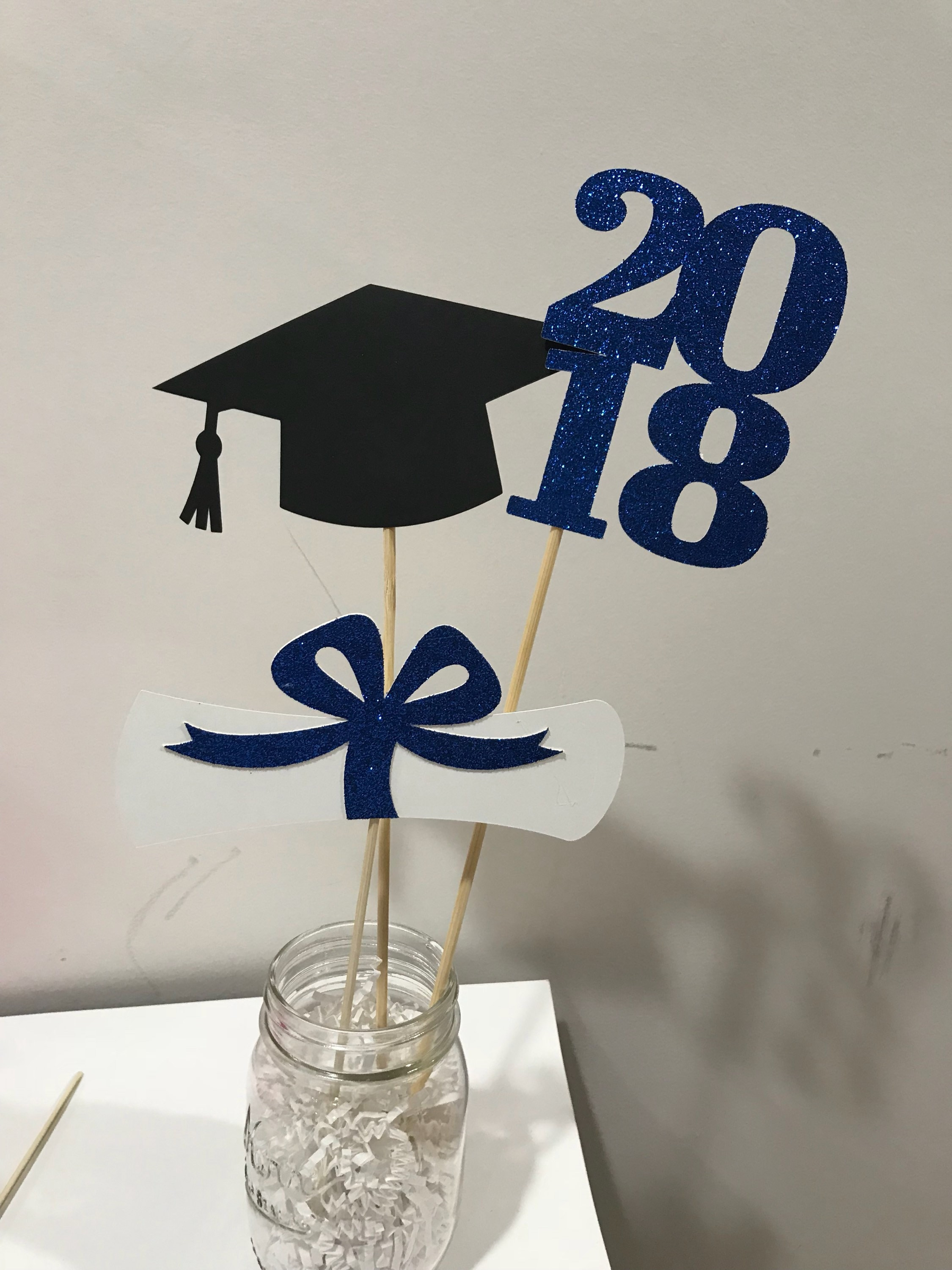 Graduation party decorations 2018 graduation centerpiece for Decoration 2018