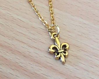 Fleur de Lis Gold Necklace | Antique Gold Fleur de Lis Jewellery | Scout Symbol | Scout Jewelry | Flower Necklace | Scout Necklace
