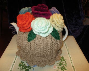 Beautiful Posy of Roses Tea Cosy (Beige) vibrant Flowers