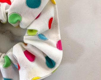 Darling has colorful polka dots